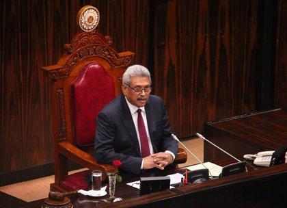 El Parlamento de Sri Lanka aprueba una enmienda para dar más poderes al presidente