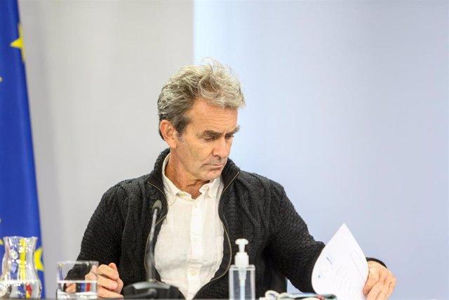 El director del Centro de Coordinación de Alertas y Emergencias Sanitarias (CCAES), Fernando Simón, comparece en rueda de prensa en Moncloa para informar de la evolución de la pandemia, en Madrid (España), a 22 de octubre de 2020.