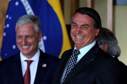 """Bolsonaro afirma que en Brasil no hay """"ni una hectárea"""" de selva devastada"""