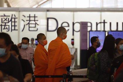 El primer vuelo entre Nepal y Hong Kong tras las restricciones trae once casos importados