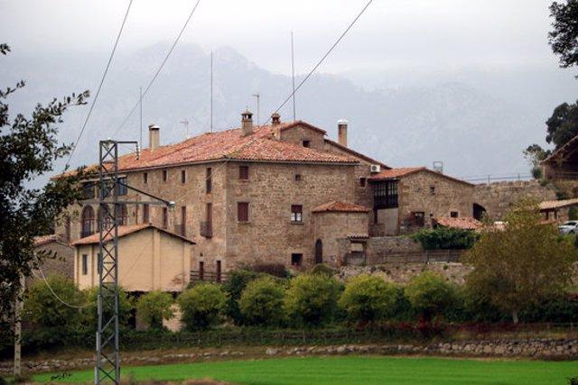 Pla general de la Masia de Ferreres, a Olvan (Berguedà). Imatge publicada el 22 d'octubre del 2020. (Horitzontal)