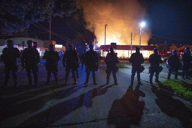 Disturbios en la ciudad de Kenosha, en el estado de Wisconsin, tras las protestas por el asesinato de un hombre negro a manos de la Policía de Estados Unidos.