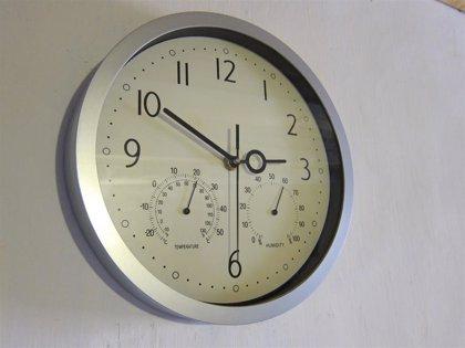 La madrugada del domingo, en Canarias a las 02.00 horas volverá a ser la 01.00 y se recuperará el horario de invierno