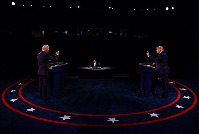 EEUU.- Trump y Biden aparcan el caos de la campaña en un debate sosegado que no