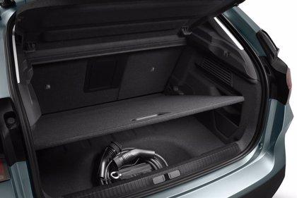 El nuevo Citroën C4 dispone de 380 litros de maletero tanto con mecánicas de combustión como eléctrica