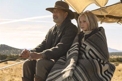 Tom Hanks, un héroe del salvaje Oeste en el tráiler de Noticias del gran mundo