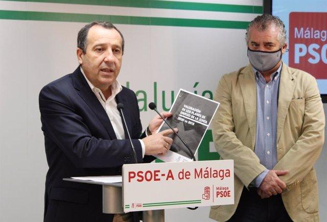 Jose Luis Ruiz Espejo y Javier Carnero (PSOE) en rueda de prensa en Malaga