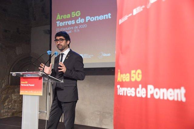 Pla sencer del conseller Jordi Puigneró, durant la presentació de l'Àrea 5G de les Terres de Ponent, a  la Seu Vella de Lleida, el 23 d'octubre del 2020. (Horitzontal)