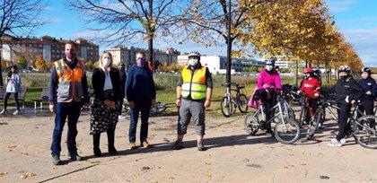 """Estudiantes de 2º de ESO participan en el programa """"Bici en la escuela"""" organizado por el Ayuntamiento de Logroño"""