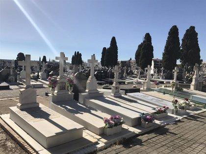 Limitadas a 4 personas del mismo grupo familiar y a 30 minutos las visitas a cementerios por el Día de Difuntos