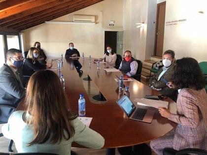 Cristina Sánchez da a conocer a los hosteleros de Caravaca las ayudas del Gobierno regional frente al Covid