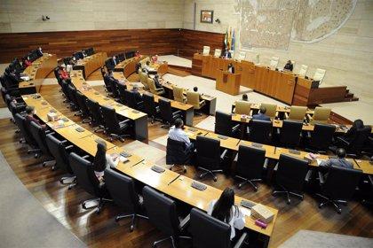 El Consejo de la Juventud de Extremadura demanda en el acto de su XXXV aniversario ayuda para mejorar el presente