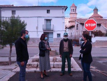El Consistorio turolense realiza una actuación en el lugar que ocupaba la cruz de Villalba Baja