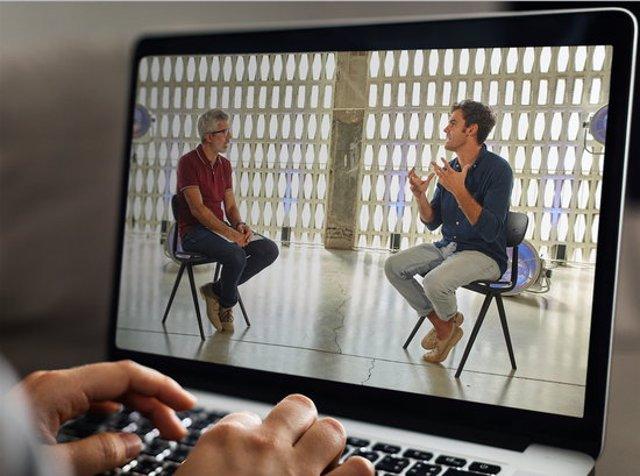 Les entrevistes es podran seguir online i seran gratuïtes. (Horitzontal)