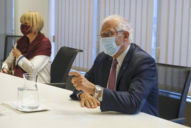 UE.- La Eurocámara demanda a Borrell una mayor presencia de mujeres en la políti