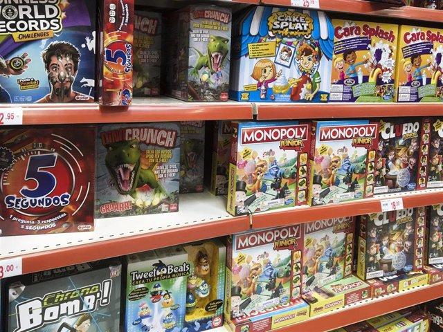 Los juegos de mesa son algunos de los artículos más solicitados por los más pequeños durante Navidad.