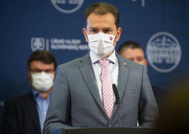 Coronavirus.- Eslovaquia comienza a hacer pruebas a todos los mayores de diez añ
