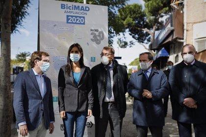 El distrito de Latina tiene ya servicio de BiciMAD con una primera estación en la plaza Puerta del Ángel