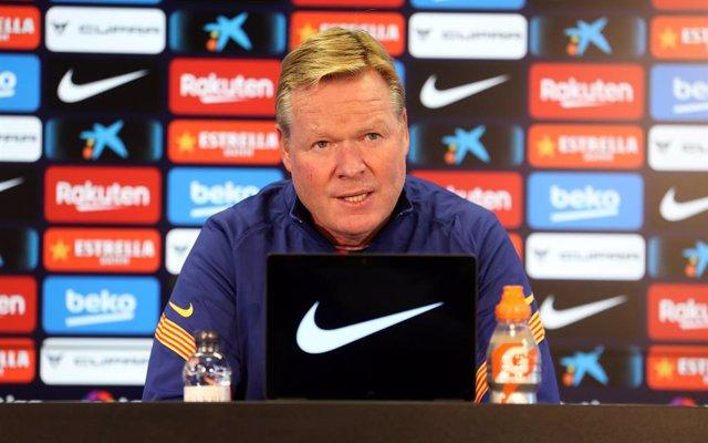 L'entrenador del FC Barcelona, Ronald Koeman, en roda de premsa