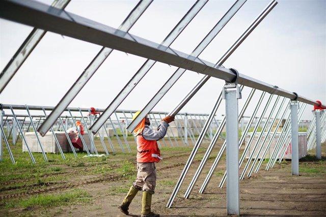 Soltec instala un planta de 220 megavatios en México que creará 200 puestos de trabajo