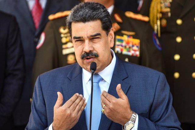 """Venezuela.- Maduro se reúne con su cúpula militar para """"estar preparado"""" ante po"""