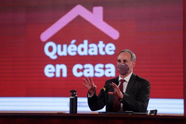 Coronavirus.- México registra 6.604 casos de COVID-19 en 24 horas y López-Gatell