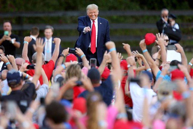 EEUU.- Trump votará este sábado en Florida y Biden promete que la vacuna contra