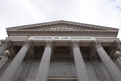 La presencia de mujeres en las Cortes Generales se redujo hasta un 3,4% entre las elecciones de abril y noviembre