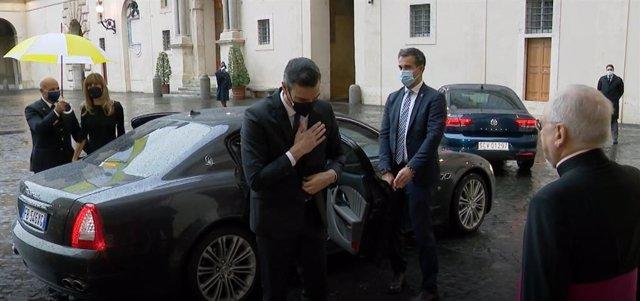 El presidente del Gobierno, Pedro Sánchez, llega a la Ciudad del Vaticano, a 24 de octubre de 2020.