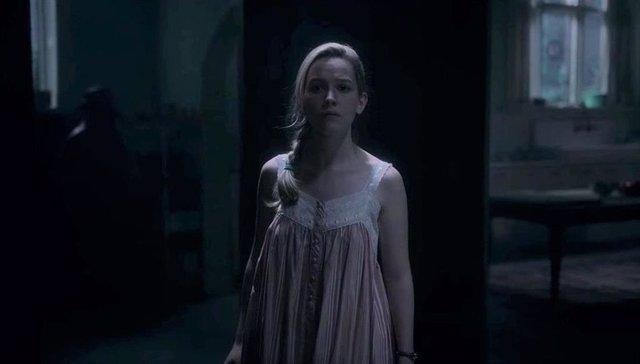 Imagen de los fantasmas de La maldición de Bly Manor