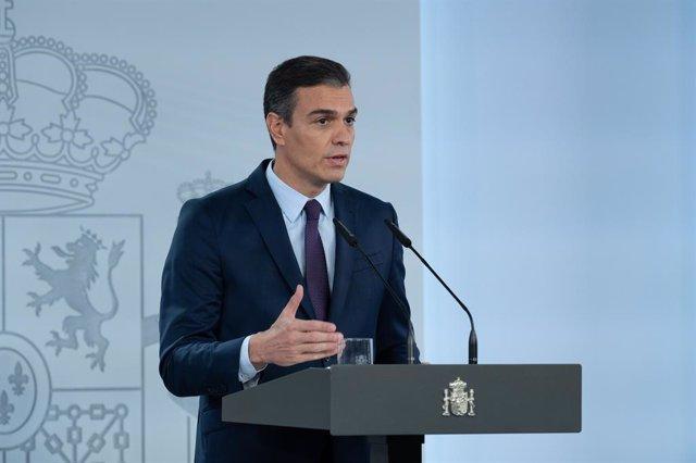El president del Govern central, Pedro Sánchez, durant una declaració institucional per valorar els acords aconseguits ahir al Consell Interterritorial de Salut i l'evolució de la pandèmia a Espanya, a Madrid (Espanya).