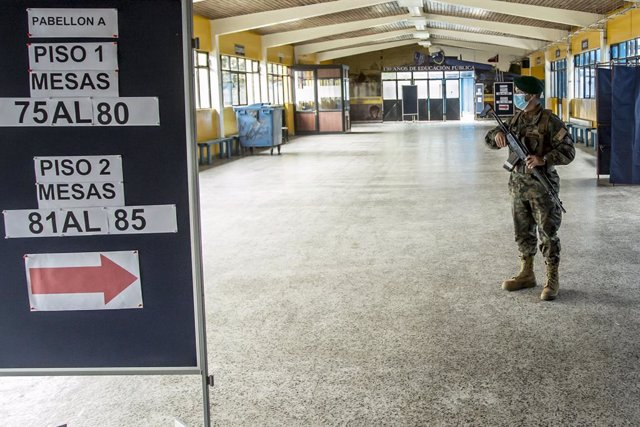 Chile.- Advierten de persecución penal contra cualquier contagiado que acuda a v