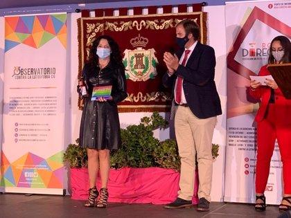 Rocío Ruiz recoge mención especial en los Premios Roja Directa Diversidad por sus políticas a favor del colectivo Lgtbi