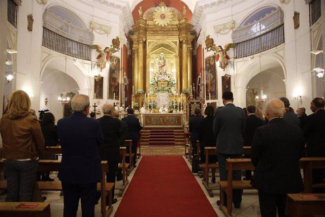 El Obispo de Córdoba preside la misa en la Iglesia del Juramento por la festividad del Arcángel de la ciudad