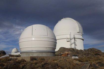 Fundación AstroHita completa la instalación de la cúpula que albergará un novedoso telescopio en Calar Alto (Almería)