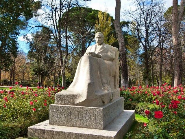 Busto de Galdós en el parque de El Retiro.