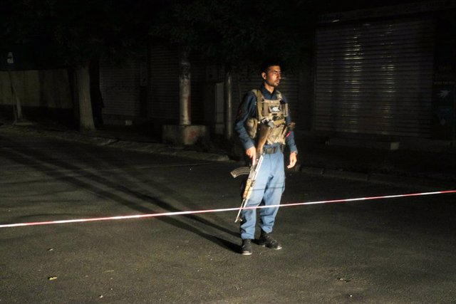 AMP.- Afganistán.- Al menos diez muertos y 20 heridos por un atentado suicida en