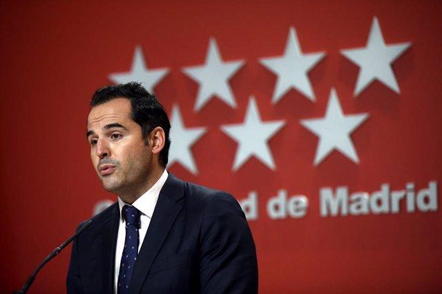 El vicepresidente, consejero de Deportes, Transparencia y portavoz, Ignacio Aguado.