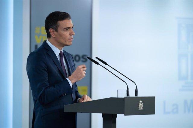 El presidente del Gobierno, Pedro Sánchez, durante una declaración institucional para valorar los acuerdos alcanzados ayer en el seno del Consejo Interterritorial de Salud y la evolución de la pandemia en España.