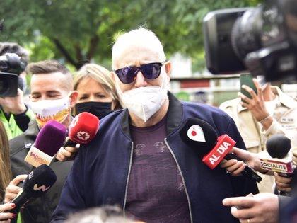 CASO MAINAT: Josep María Mainat llega a los juzgados y se reencuentra, por primera vez, con Ángela