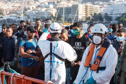 El nuevo perfil de migrante que llega a Canarias: trabajador del turismo en países hundidos por Covid