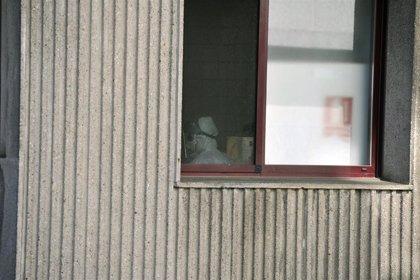 Detectados 61 positivos en una residencia de Barbadás (Ourense) y 9 en otra de Boqueixón (A Coruña)