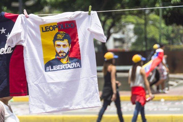 Venezuela.- Leopoldo López, de represaliado a figura en el exilio