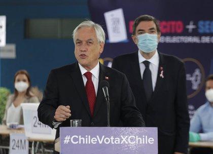 Piñera estima una mayoría a favor del cambio de la Constitución tras votar en el plebiscito