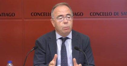 """El alcalde de Santiago apela a la responsabilidad individual porque los gobiernos """"no pueden llegar a todos los ámbitos"""""""