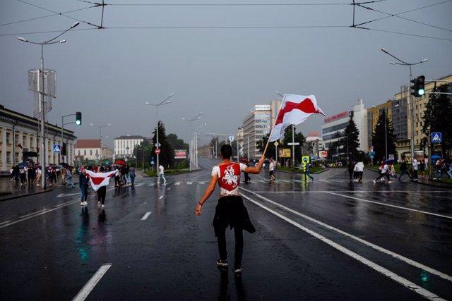 Bielorrusia.- Más de 100.000 manifestantes en un nuevo domingo de movilizaciones
