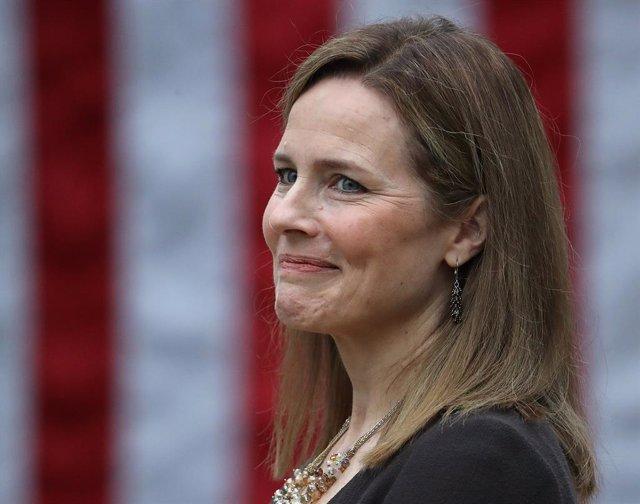 EEUU.- El Senado de EEUU da un nuevo paso para la confirmación de Barrett para e