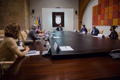 Extremadura limita la circulación de personas entre las 00.00 y las 06.00 para frenar el Covid-19