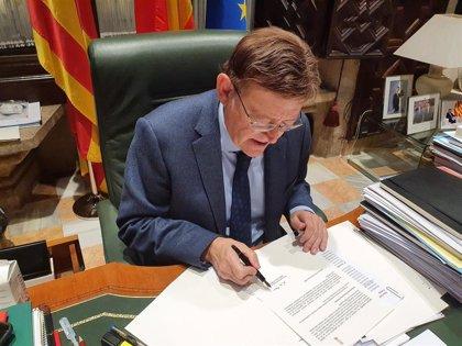 Puig firma un decreto que ratifica la prohibición de movilidad en la Comunitat Valenciana de las 00 a las 6 h