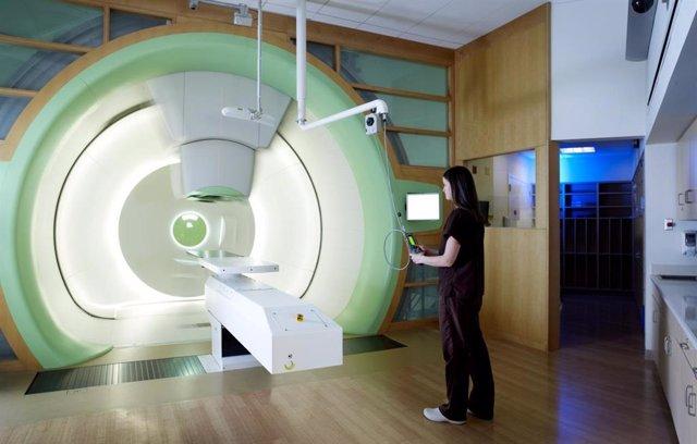 La terapia de protones para el cáncer de pulmón puede ayudar a reducir el riesgo
